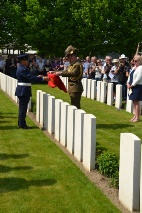 Ieper: Rededication for 2 Australian soldiers (Frank Mahieu) - 21/04