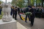 Ieper: Herdenking Indisch monument Menenpoort Ieper  - 12/11