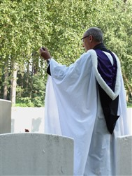 Zonnebeke: A Burial Service for An Unknown Soldier of the Great War - 04/07