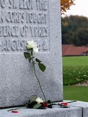 Ieper: Herdenking op de Canadese gedenksite Hill 62  - 11/11
