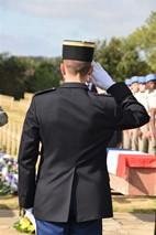 Ieper: St. Charles de Potyze, Begrafenis van 9 Franse soldaten (F. Mahieu) - 23/09