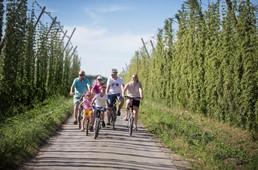 Westtoer verrast met 5.000 gratis fiets- en wandelkaarten