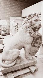 Replica's van de Leeuwen van de Menenpoort komen naar Ieper