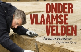 Boek: Onder Vlaamse velden